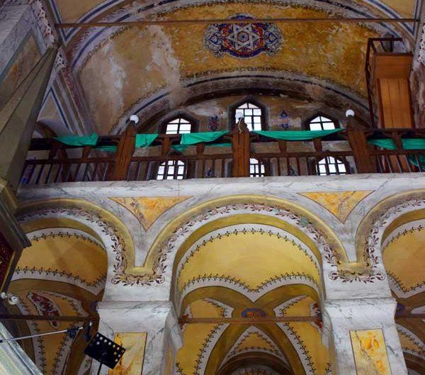 Ayakapı Gül Camii eski ismi ile Azize Teodosya Kilisesi yan nef galerisi - The gallery of the side nave of Gül Mosque with the former name of Saint Theodosya Church, Ayakapi