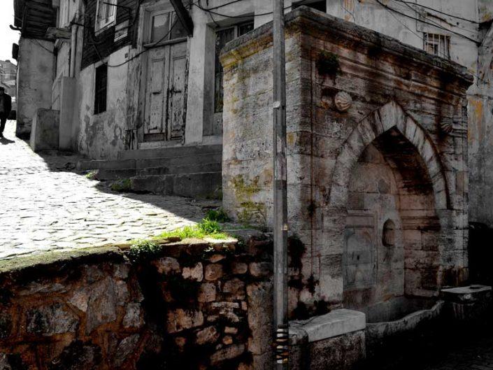 İstanbul Balat tarihi çeşme fotoğrafları - Istanbul Balat historical fountain photos