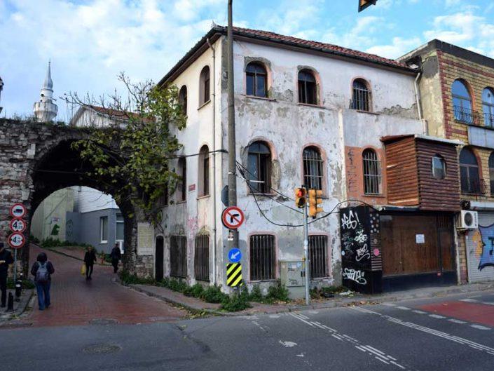 Cibali Karakolu ve İstanbul Surları Cibali Kapısı - Istanbul historical Cibali police station and Cibali gates of Walls of Constantinople