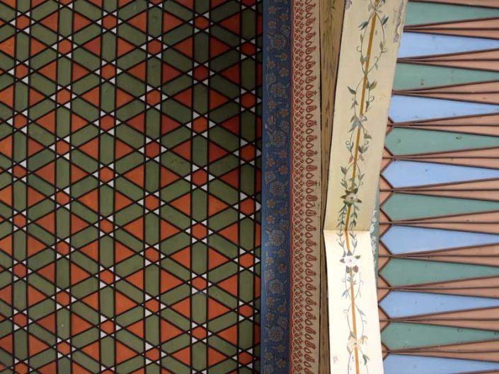Bakibey Konağı açık sofa tavan ve saçak süslemeleri - Bakibey mansion open-sofa ceiling and eaves decorations