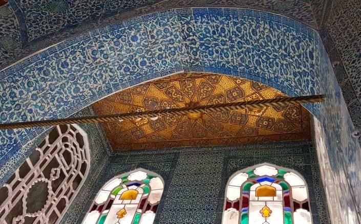 Topkapı Sarayı Bağdat Köşkü çinileri ve süslemeleri - Topkapı Palace Bağdat Kiosk tiles and decorations