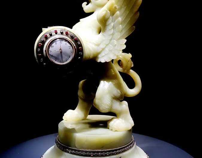 Topkapı Sarayı Divit Odası Saat Koleksiyonu Grifon Masa Saati 19.yy - Topkapı Palace Clock Collection Grifon Desk Clock 19. century