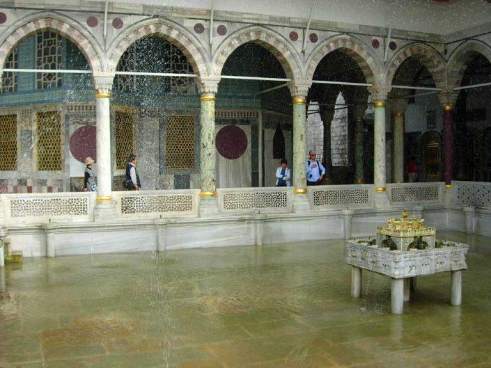 Topkapı Sarayı Sofa-i Hümayun Havuzu - Topkapı Palace Imperial Pool